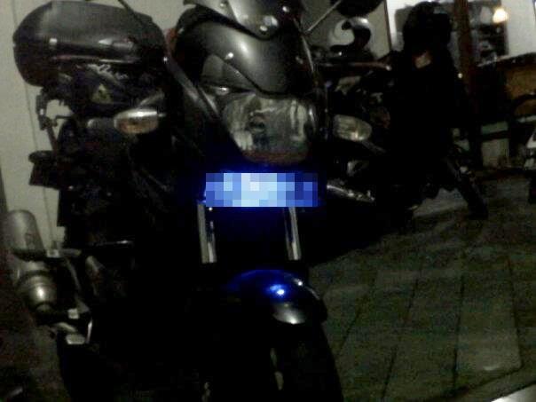 lampu plat nomor