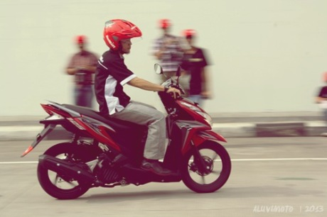 review vario 125 iss