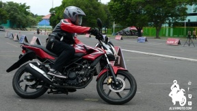 jombils on cb150r 1