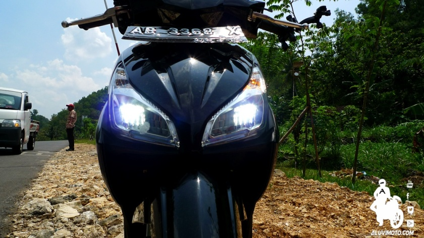 low beam led vario 110 pgmfi aluvimoto