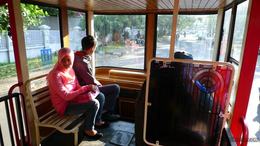 bus bandros interior 2 aluvimoto