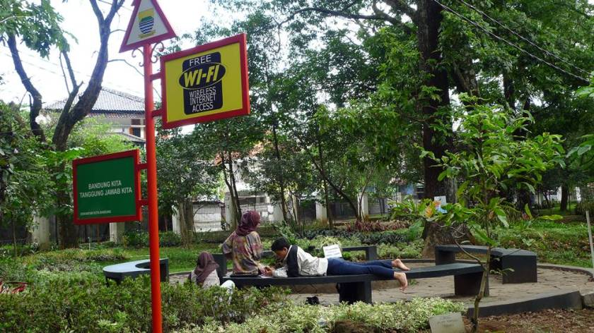 free wifi taman bunga kandaga puspa aluvimoto