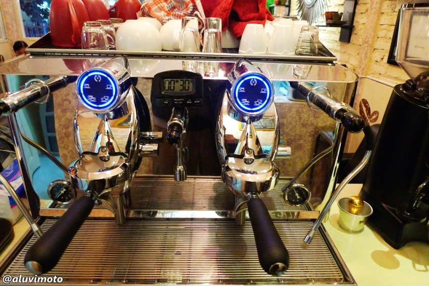 kopine eyang mesin espresso aluvimoto
