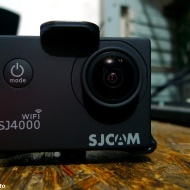 SJCAM SJ4000 wifi + case indoor :roll: