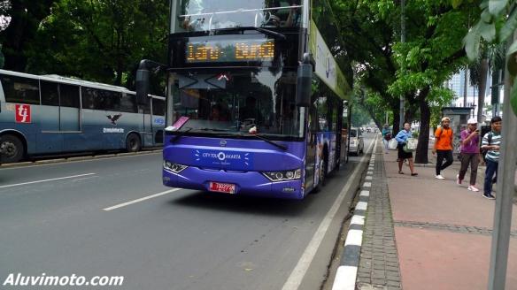 city tour jakarta bus 1