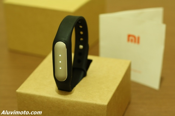 review mi band aluvimoto
