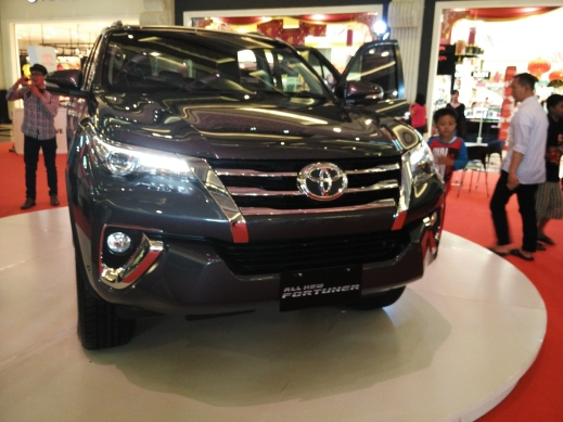 desain front fascia Toyota All New Fortuner