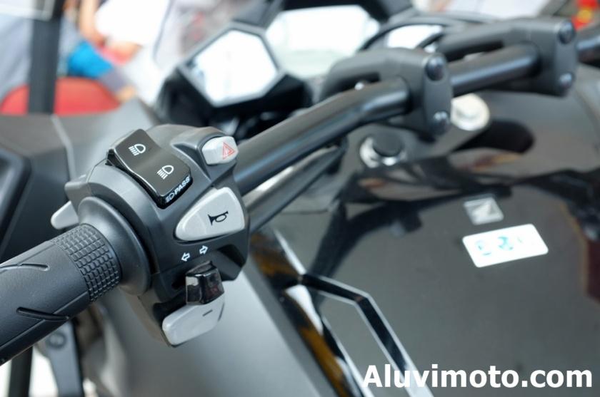 aluvimoto002-20160307holder big bike honda