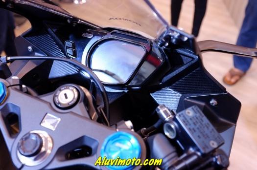 aluvimoto002-20160830throttle by wire cbr 250 rr