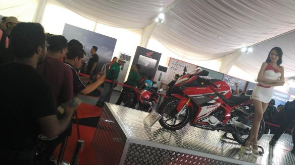 all-new-honda-cbr250rr-3-aluvimoto