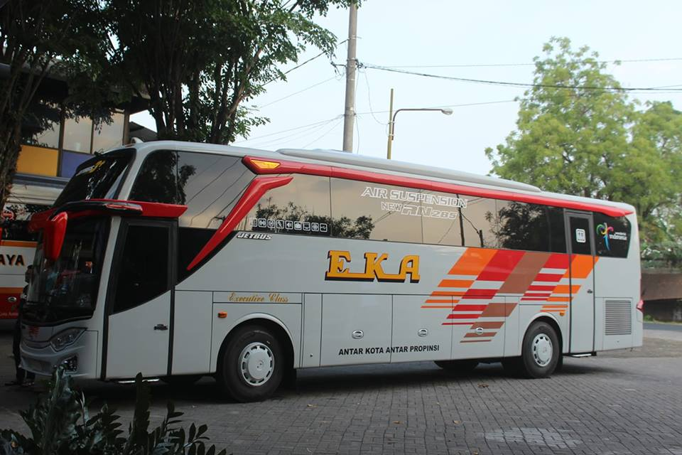 Kaya Di Tron Legacy Jetbus 3 Hdd Nya Eka Mantaaap Aluvimoto